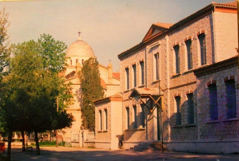 Aμπελώνας τοπικό διαμέρισμα που ανήκει στον Δήμο Τυρνάβου.