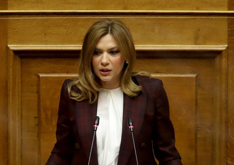 Στέλλα Μπίζιου: Τώρα είναι η ώρα της τελικής προσπάθειας