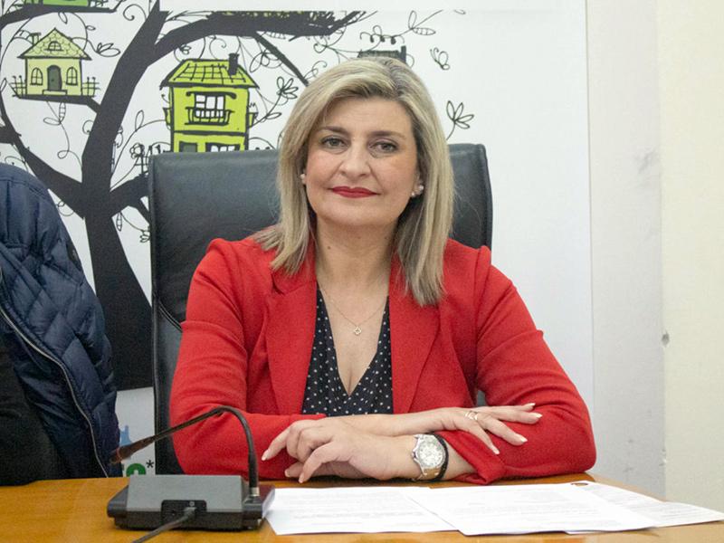 Ε. Λιακούλη: «Πυκνώνουν οι καταγγελίες για προβληματικά self-tests στη Λάρισα »