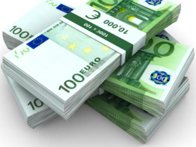 Ανω των 900 δισ. δολαρίων η περιουσία των ελληνικών νοικοκυριών