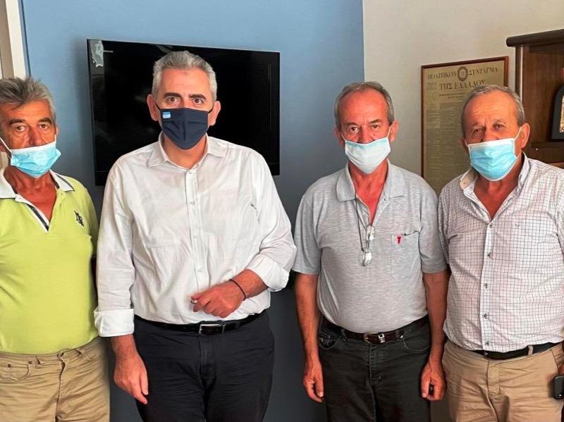 """Συνάντηση με Μάξιμο: """"Κορονοενίσχυση"""" και επιδοτήσεις από ΚΑΠ ζητούν οι εκτροφείς γαλοπούλας"""