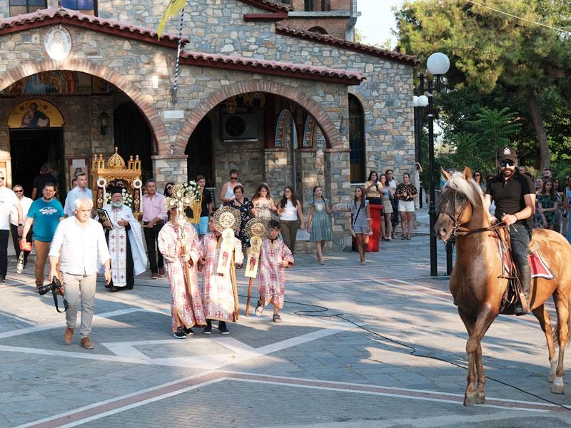 Ο εορτασμός της Αγίας Παρασκευής στο Αργυροπούλι (φωτορεπορτάζ)